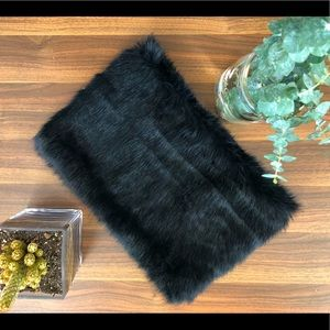 NWT Banana Republic Faux Fur Snood